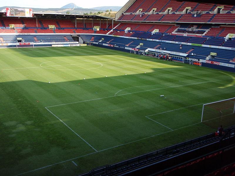 800px-Inside_Estadio_Reyno_de_Navarra