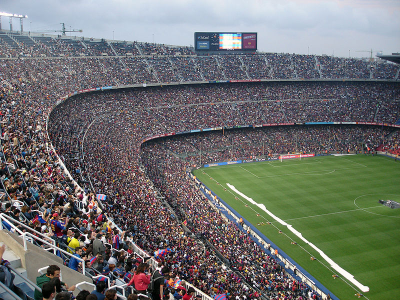 Camp_Nou_-_Interior_(2005)