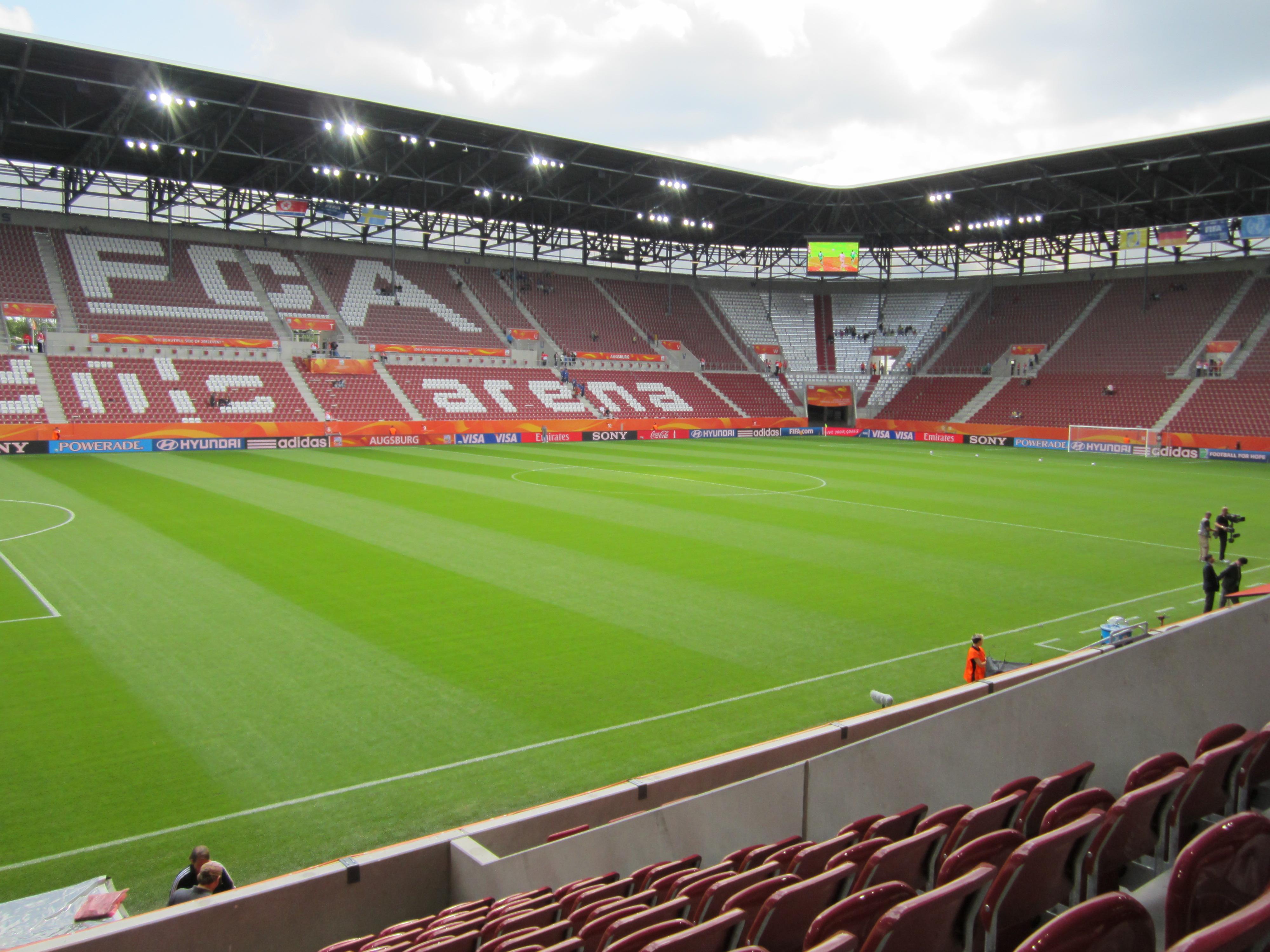 Impuls_Arena_Augsburg_2011